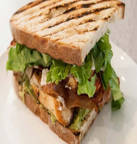 chicken-sandwich-min