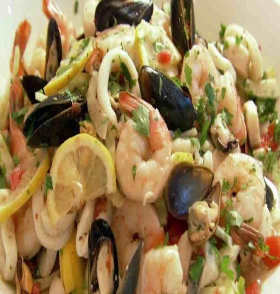 seafood-salad-min