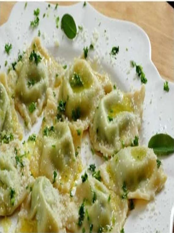 spinach-ravalli-pasta-min